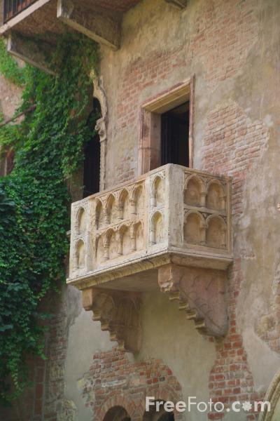 14_14_82---Romeo-and-Juliet-Balcony--Verona-Italy_web